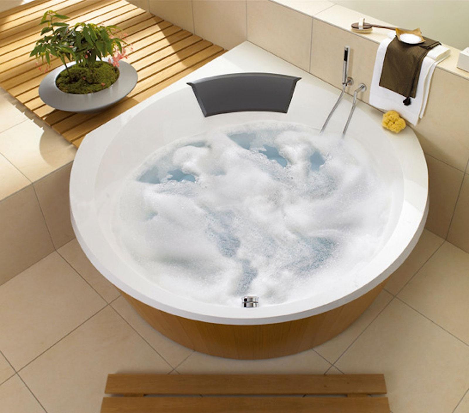 Schiuma l 39 eco di san gabriele - Marche vasche da bagno ...